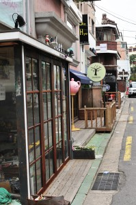 There are many streets like this in Hongdae that have lost of restaurants and cafes that you can get a coffee, or a meal and sit outside and watch the world.